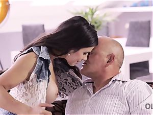 OLD4K. spectacular father able to satisfy all needs of gorgeous teen