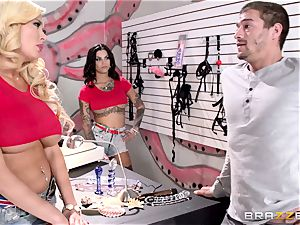 Summer Brielle and Bonnie Rotten share a lucky customer