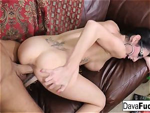 Chad milky shoots a load on Dava's glasses
