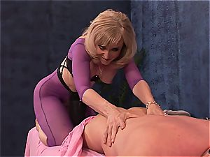 Mature dirty girl doggystyled by youthful boy