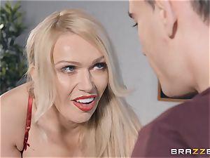 Bad blond tutor Amber Jayne