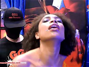 jaw-dropping ebony Latina Luna Corazon screams in elation