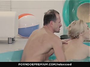 RELAXXXED - Victoria Summers spunk decorated in spa ravage