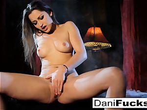 uber-sexy Gothic Vampire Dani
