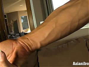 Muscle strapped cougar uses her glass fake penis till she ejaculates