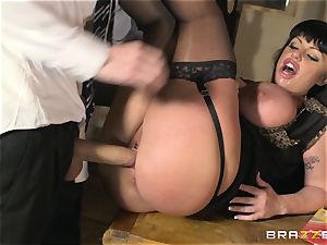 Lesson of fuckfest education in experience with huge-titted lecturer Kerry Louise