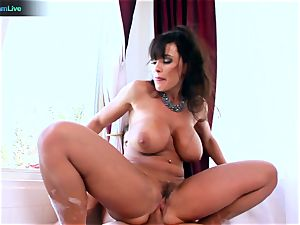 Lisa Ann luvs sitting into Toni Ribas ginormous shaft