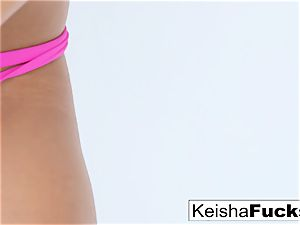scorching adult movie star Keisha gets her wet cunt ravaged