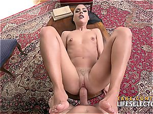 Rich lady gives a flawless deep throat