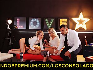 LOS CONSOLADORES - perfect blondies 69 in group intercourse