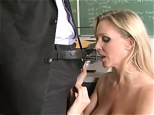 slutty bawd Julia Ann luving her man's beam badgering her slippy throat