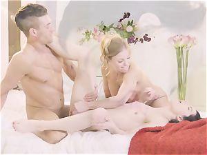 Britney Amber and Sadie Blake deep-throat strung up Xander