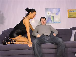 SEXTAPE GERMANY - amateur German babe gets pulverized