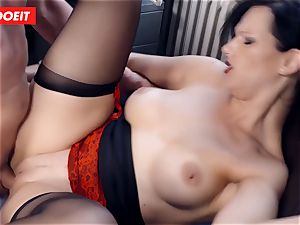 buxom German assistant deep throating huge rod at the office