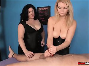 customer Shocks To watch The fabulous blonde massagist
