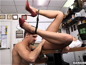 Selena Santana shows off her skills
