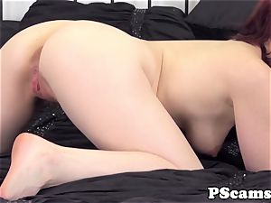 Livechat beauty Jessica Ryan pussyfucked