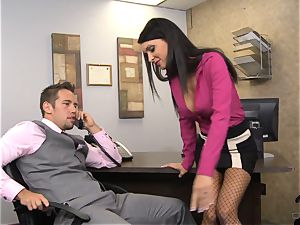 red-hot manager Jessica Jaymes gives her worker some incentives