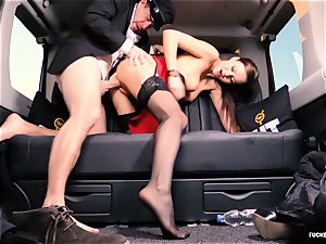 penetrated IN TRAFFIC - brit Tina Kay nailed in the car
