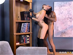 off the hook agent Romi Rain gets cunt deep with the boss