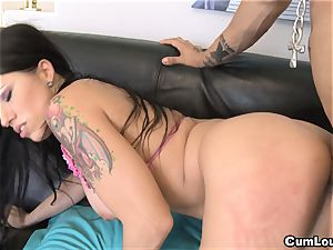huge-chested Latina Gigi love loves thick rods