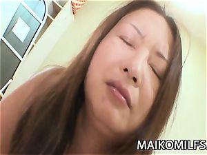 Miyoko Nagase - round JAV Mature sex With A Stranger