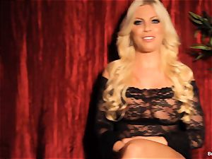 Britney Amber gives an interview and jerks