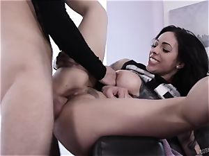 messy tatted mega-bitch Harlow Harrison gets her cootchie ravaged and splattering