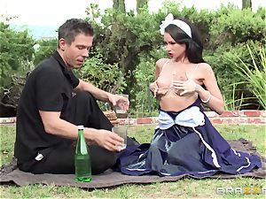 slim sweetheart Raven Bay with massive knockers takes a thick petuhv her humid vulva on a picnic