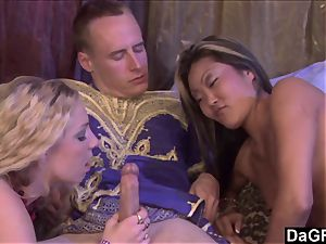Dagfs babes Have a 3some with a Prince