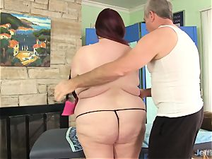 ample boobed plus-size Miss Ladycakes gets a sex rubdown