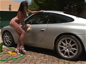 epic Cosette Ibarra gets filthy washing this car