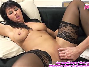 GERMAN milf fisting very first time full forearm in vag