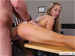 The hottest tutor Nicole Aniston wants manstick for her bliss