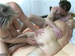 OldNanny grandma and mature wanked hairy poon
