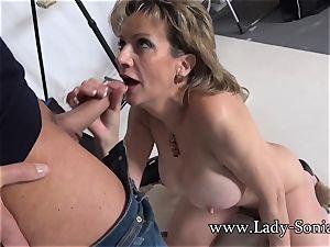 camerist Face humps Mature damsel Sonia